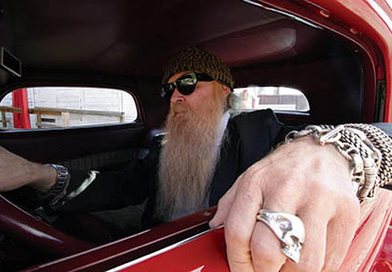 zz-top_billy-gibbons-driving